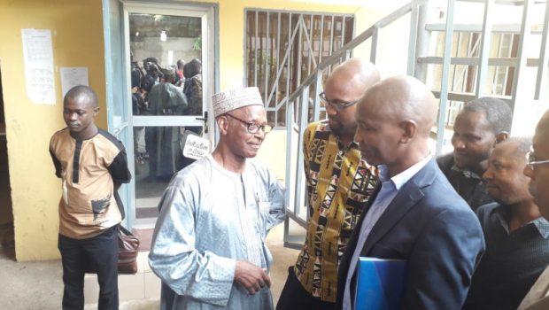 Guinée : le patron de la radio Lynx Fm placé sous contrôle judiciaire