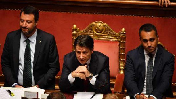 En Italie, le président du conseil, Giuseppe Conte, annonce sa démissio