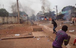 Labé : les manifestants exigent le départ du gouverneur