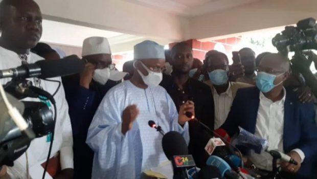 Présidentielle en Guinée : le candidat de l'opposition Cellou Dalein Diallo s'autoproclame vainqueur…