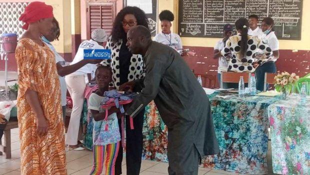 Education: l'ONG/VJFG distribue des kits scolaires aux jeunes filles issues des familles démunies…