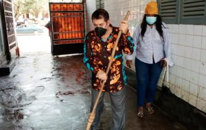 Assainissement: la Fondation Pr Alpha Condé rend l'hôpital Ignace Deen propre