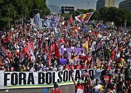 Brésil : des milliers de manifestants anti-Bolsonaro dans les rues
